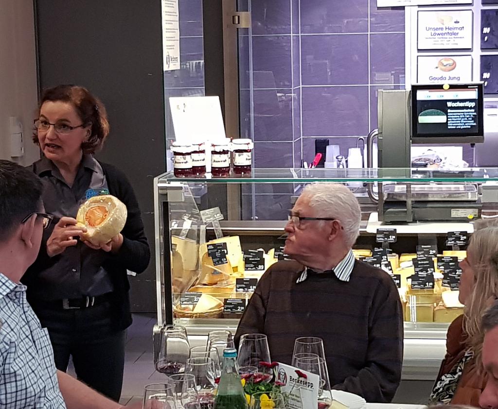beckesepp-supermarkt-event-kaese-wein-2